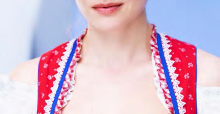 Rebekka Mueller